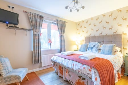 Two  quality bedrooms Sleeps 4