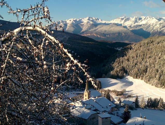 Paese dei masi, a 25 km da Bolzano - Ruffré - Leilighet