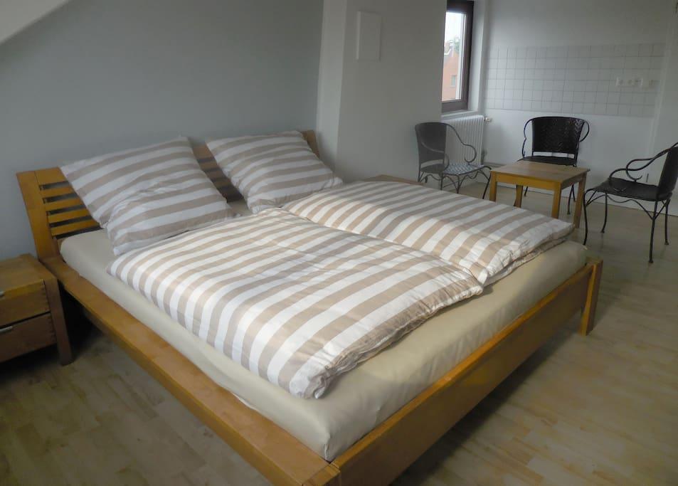 Durchgehende Matratze auf 1,80m Breite ;-)