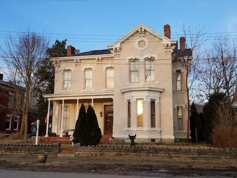 Susannas Guest House