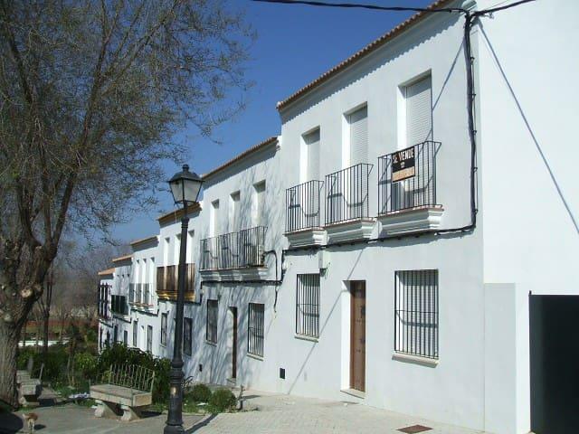 Casa De Invitados En Castilblanco De Los Arroyos