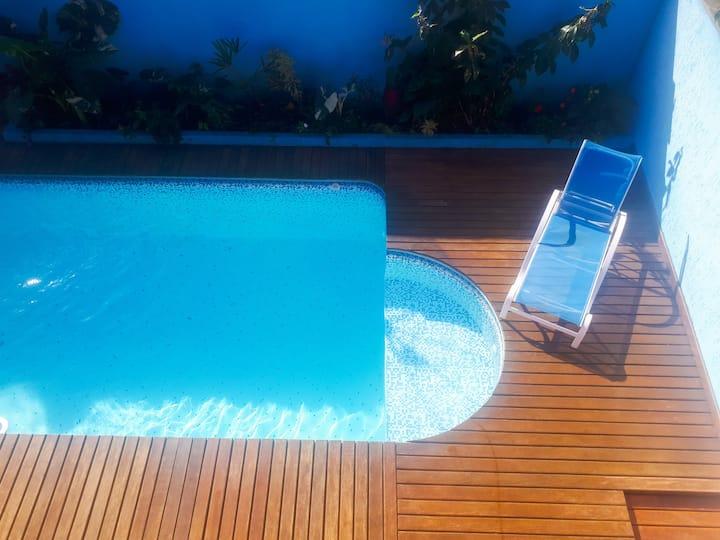 Casa com piscina em Ubatuba-SP.