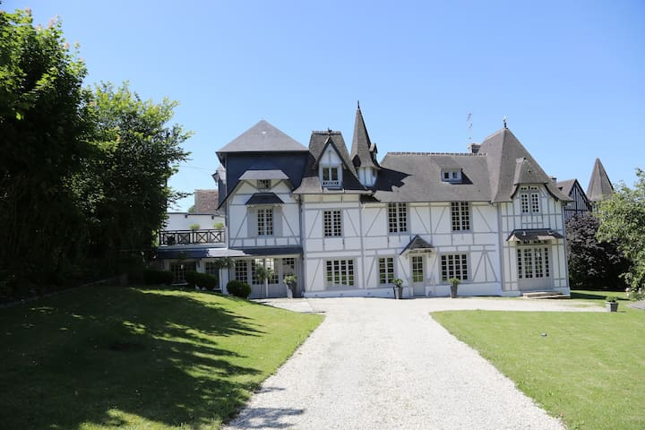 Manor of Ermitage, Trouville, 5 mn from the beach