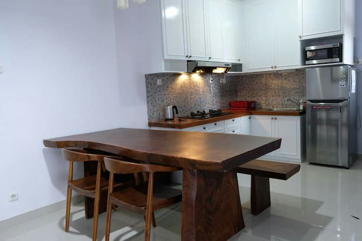 158 WOODY White's Nest, Apartment in Yogyakarta