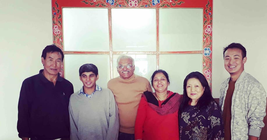Kuenkhang Homestay A home for all.