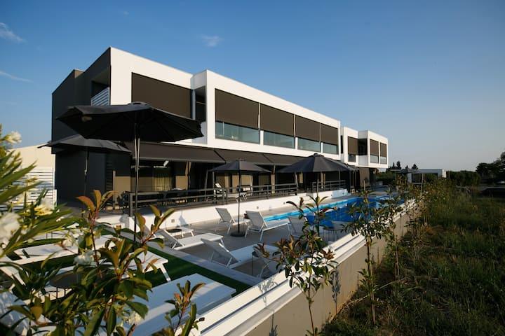 Isalos Hotel