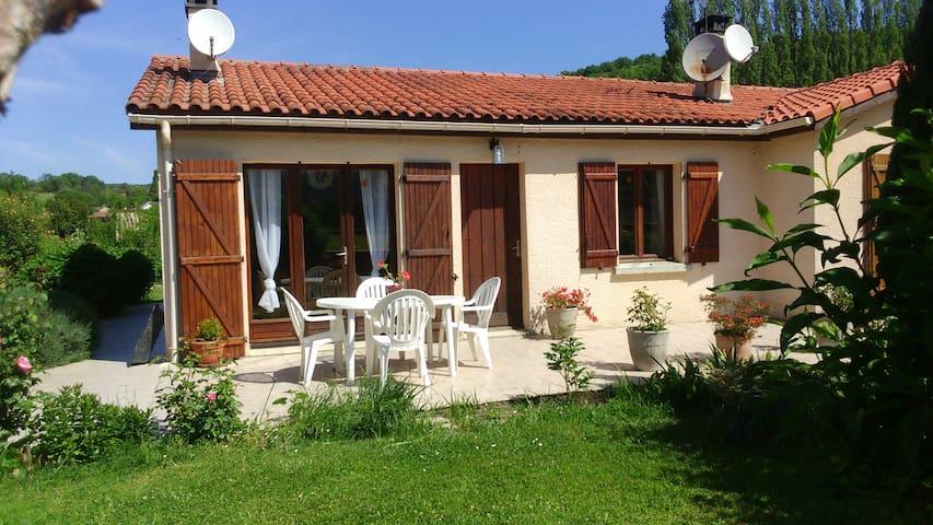 Maison dans les Pyrénées, 45min Toulouse Euro2016