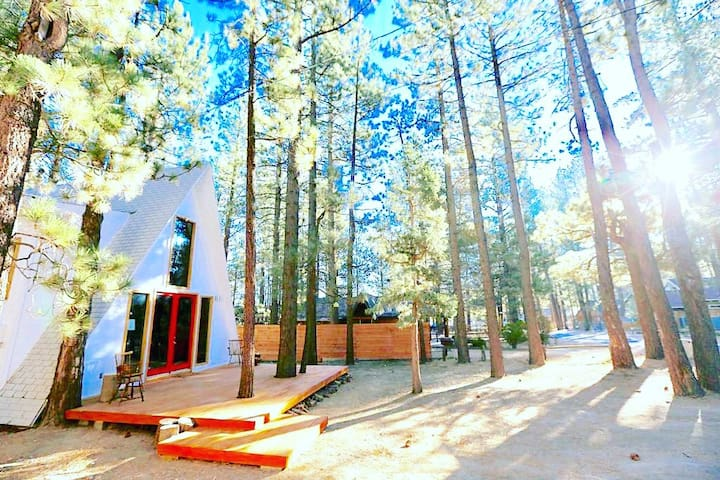 ♡ Mid-Century A-Frame by Slopes in Big Bear