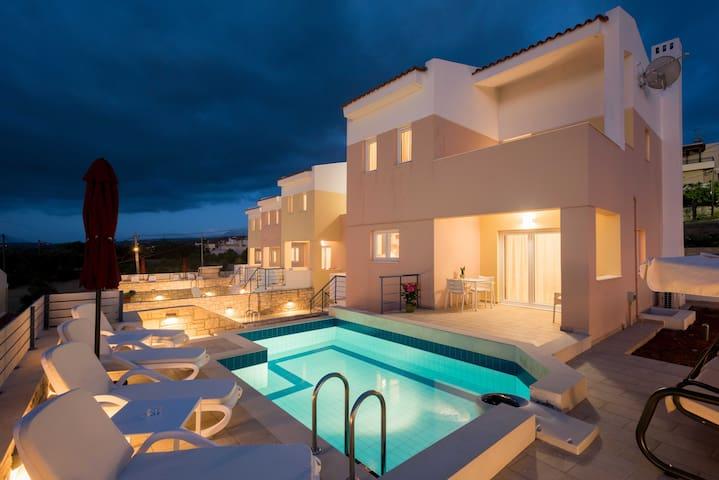 Fragika Homes Luxury Villas K5