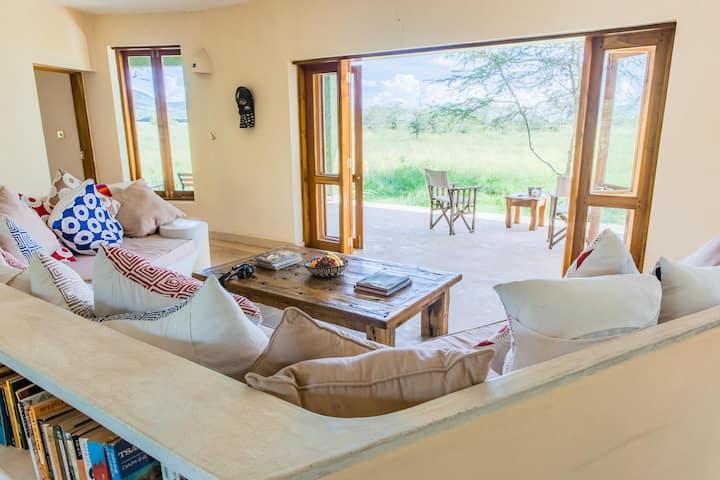 The stunning Chui House in the Maasai Mara