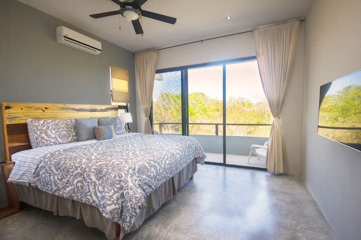 beautiful jungle view in our king size bedrooms