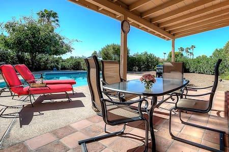 Montana- pool, pool table, big yard - Scottsdale - Haus
