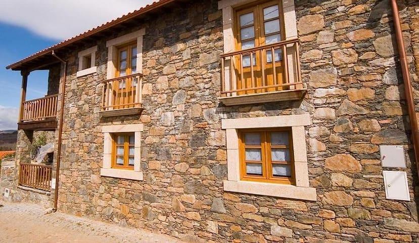 Turismo Rural em Montesinho - Gondesende - Villa