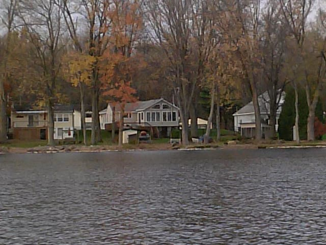 Finger Lakes Paradise (w/Dock) - West Monroe - House