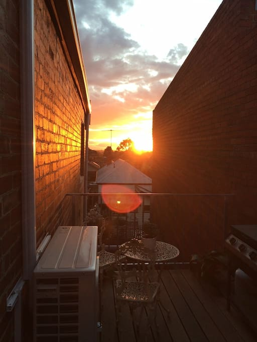 Stunning outdoor patio with bbq - the best sunsets!
