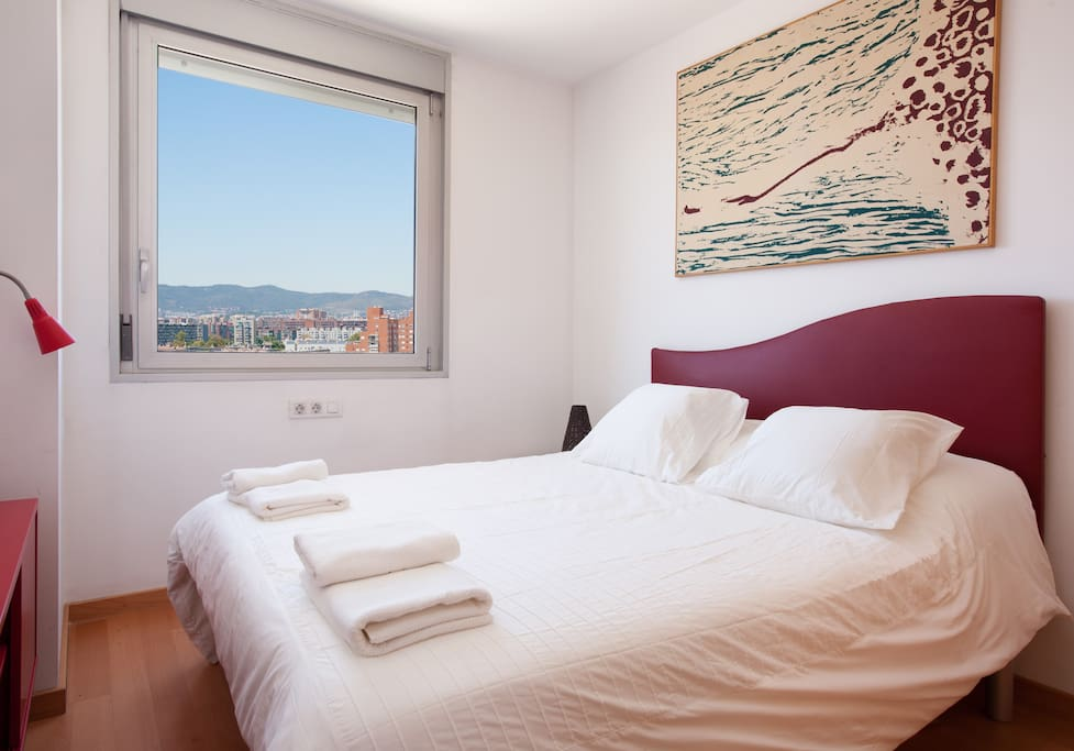 Double Bed of the 2nd room/ Mountainview