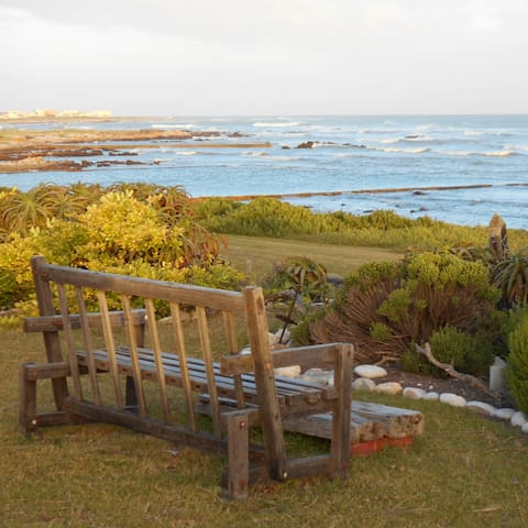 Southermost B&B – historic home on the ocean front - L'Agulhas - Szoba reggelivel