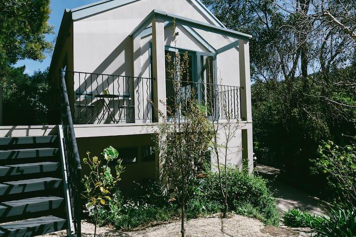Adelaide Hills Treetop Loft Apt - Stirling - Stirling - Loft