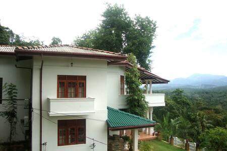 Senri Village - Bed & Breakfast