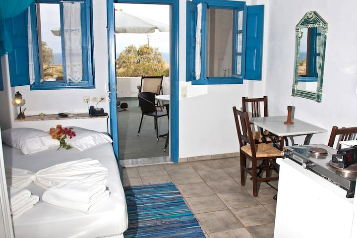 EcoXenia-Studio for 2 sea view - Thira - Appartement