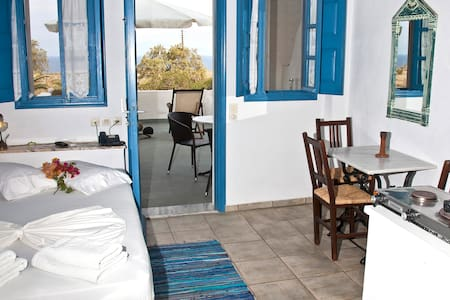 EcoXenia-Studio for 2 sea view - Thira - Apartment
