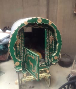 Orthentic Gypsy Caravan /Vardo - Carmarthen - Loft