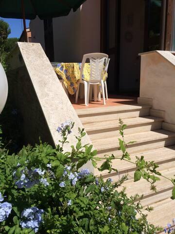 Villa Livia Past & Present - Marina Velca Pian di spille