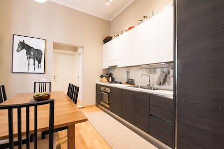 Brand new apartment near Colosseum - Appartement