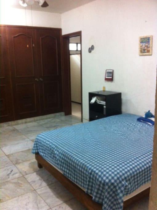 Bedroom 2, ensuite with closet, queen size bed