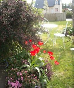 Maison, agréable avec parc - Saint-Méloir-des-Ondes