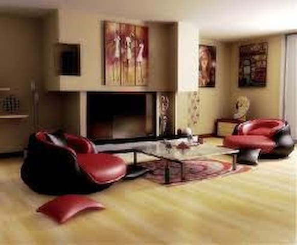 nursing home, single room with a tv - Kayseri - Talo