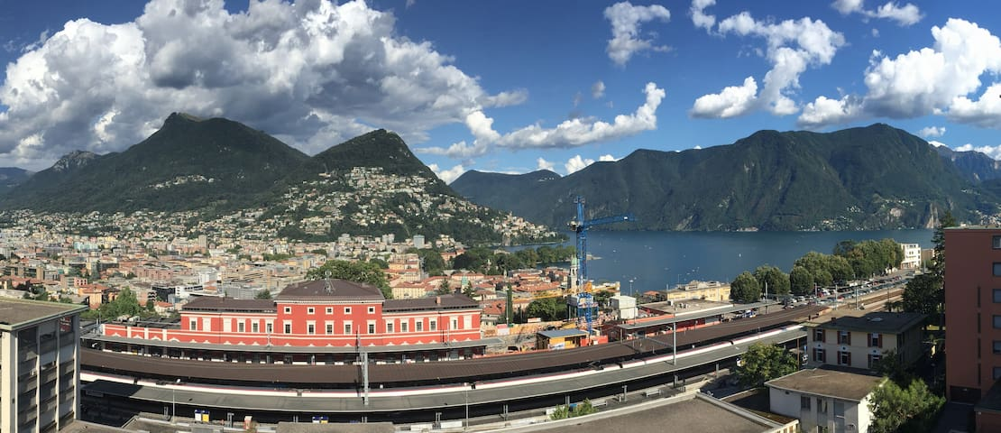 Top floor studio with top lake view - Lugano - Apartamento