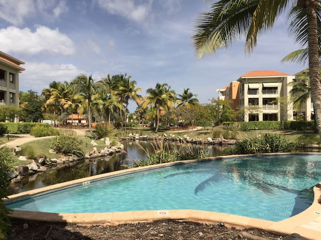 Your escape, Country Club style - Humacao - Flat