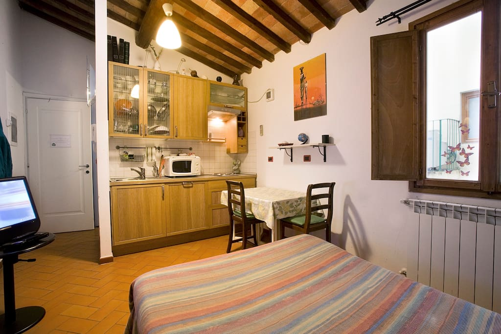 Studio Flat - Heart of Florence