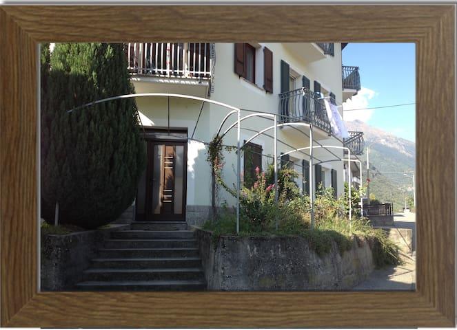 Accogliente casa vacanze Valtellina - Villa di Tirano - Apartament