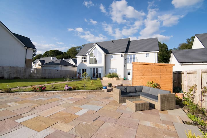 Modern luxury home by the river - Dumbarton - Hus