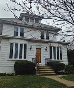Large Home- Great for Pope's Visit - Haddon Heights