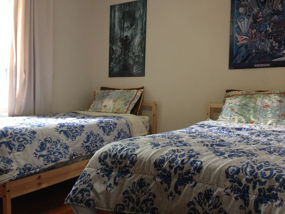 This room can be made up with two twin beds