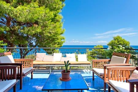 villa ampie terrazze panoramiche - Palermo