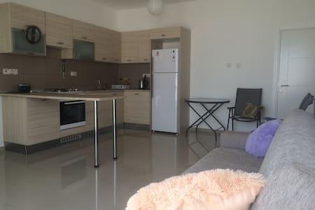 Seaview studio+bedroom+50 sq m roof - Karaoğlanoğlu