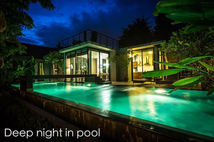 Deep night in Pool villa 【免费车+司机】 - Tambon San Phi Suea - House