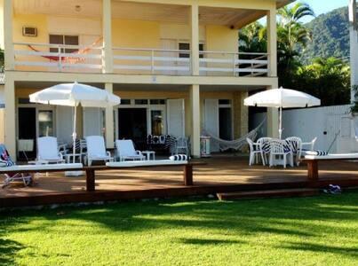 Luxuosa casa de praia pé na areia - São Sebastião  - Casa
