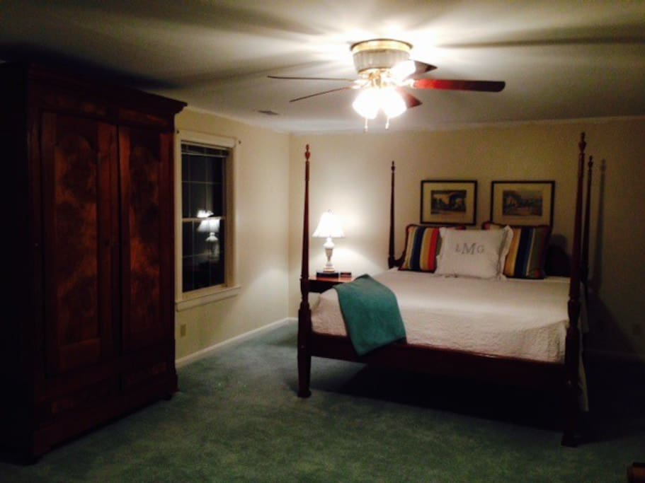 King size bed in master suite