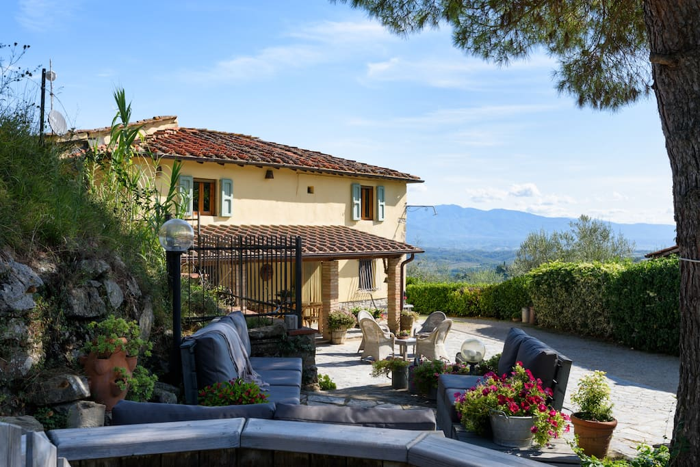 3 bedroom charming holiday cottage tuscany italy for Rent a home in italy