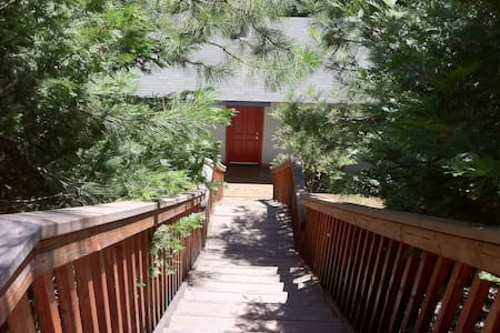Comfortable Forest Retreat House at 4000 Elevation - Pollock Pines