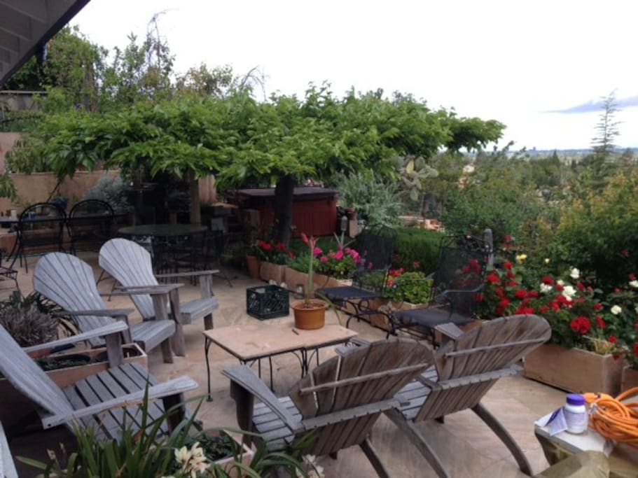 This is the upper patio, over looking Silicon Valley, SJ