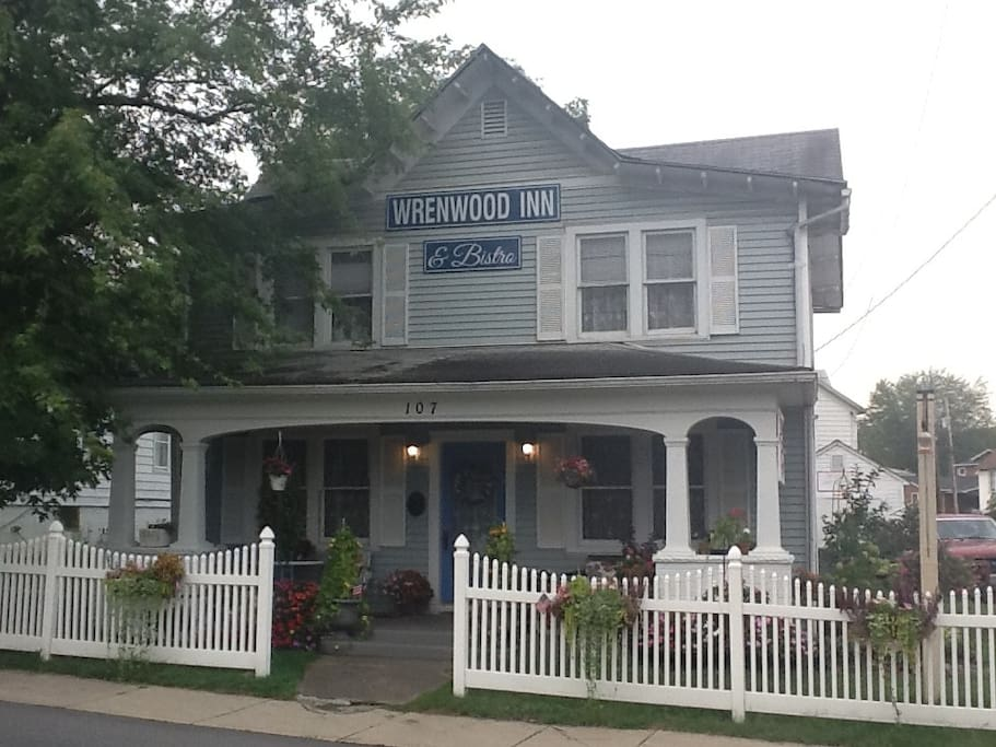 Bed And Breakfast Paw Paw Wv