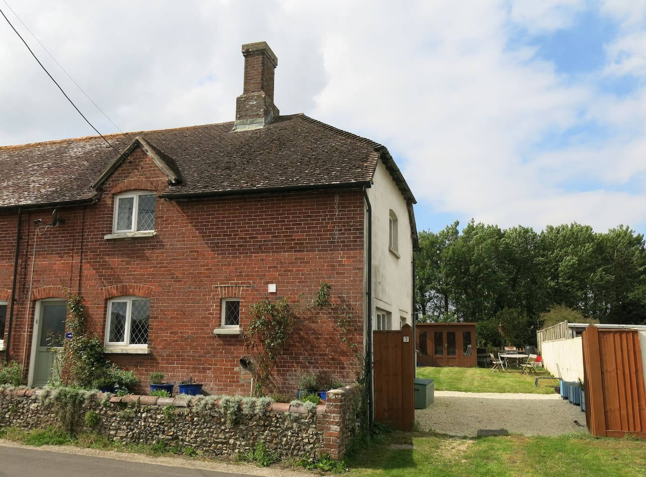 'Minnow Cottage' in the sun.