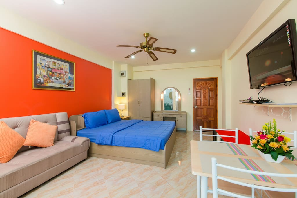 D6183 studio with sofa bed for 4 flats for rent in phuket thailand for Sofa bed thailand
