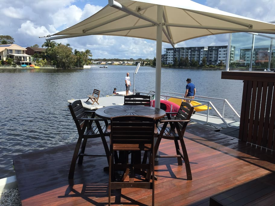 Your own private deck on the canal with access to non motorised water craft.